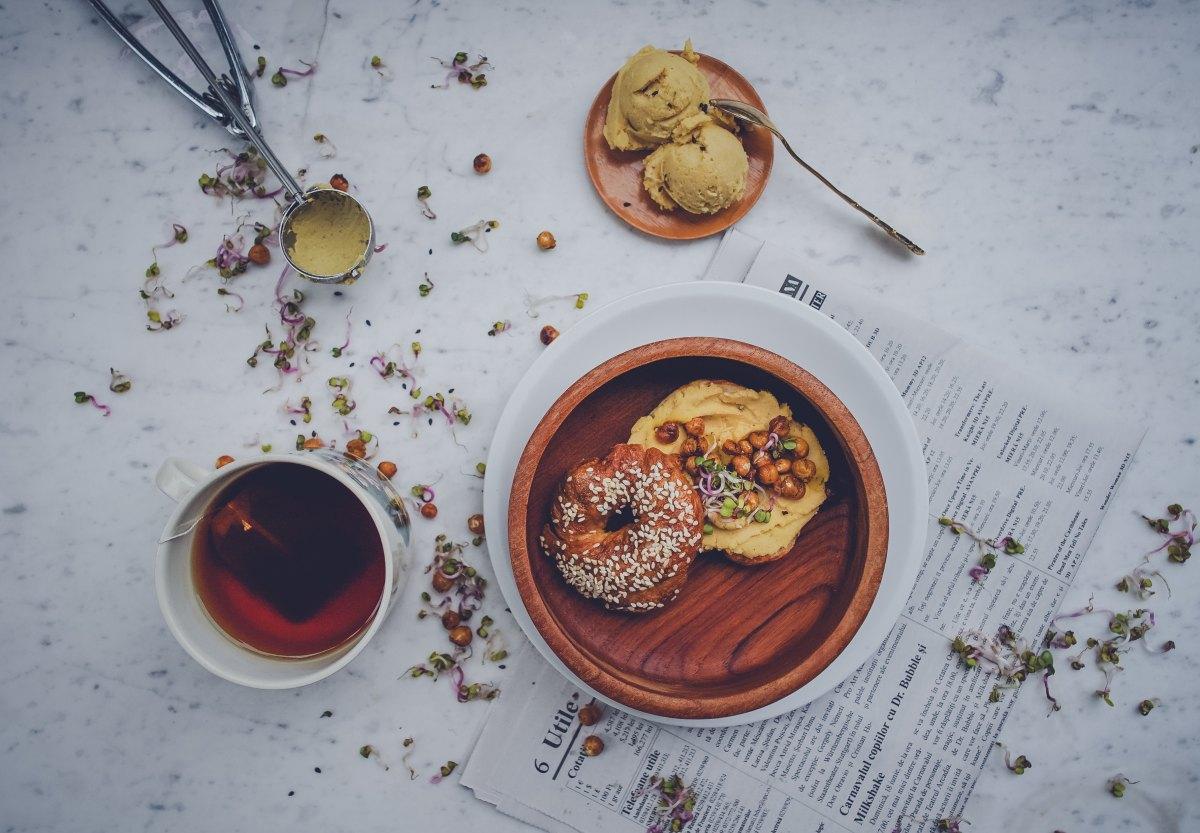 Kichererbsen Power: 4 Gründe, warum Hummus unbedingt in euren Kühlschrank muss!